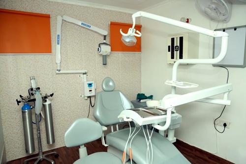 Best dental clinic in dwarka